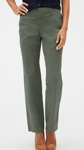 Gap Straight Fit Chino Pant New With Tag